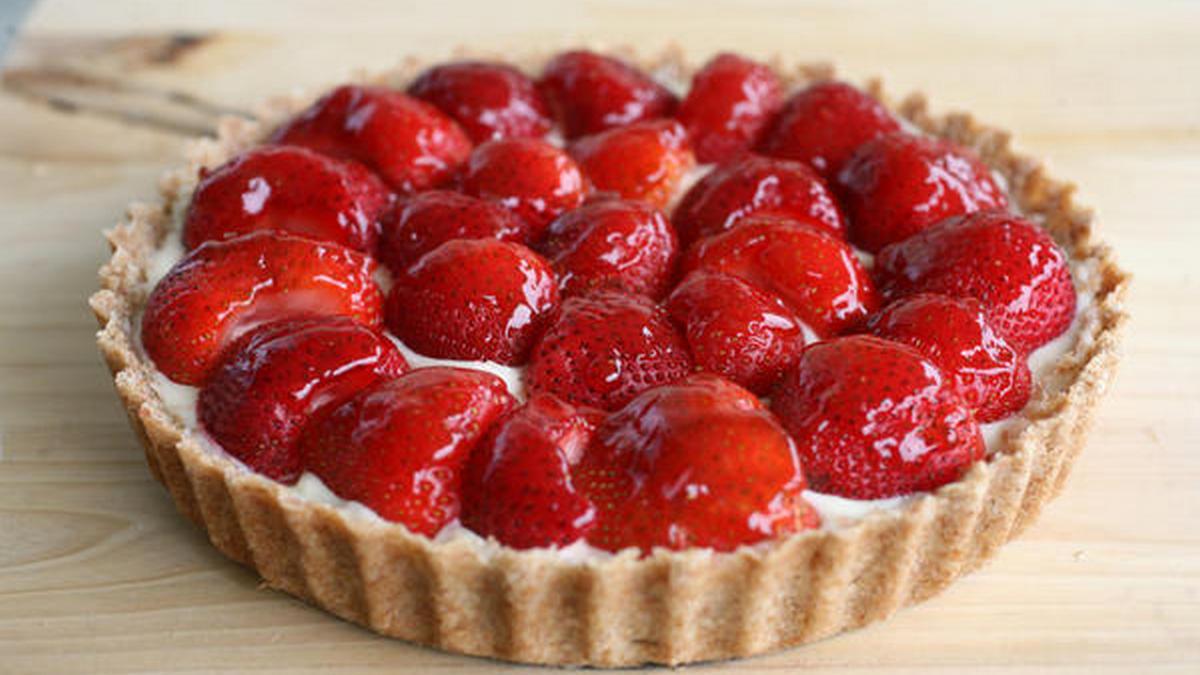 Как приготовить клубничный пирог на десерт